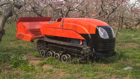 果园遥控割草机