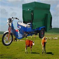 1.5立方牛羊喂料车 饲料撒料车